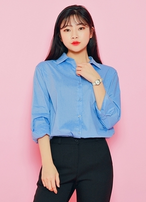 Curved Hem Patch Pocket Shirt