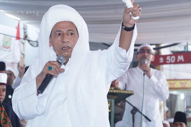 Tangkal Anti Nasionalisme, Habib Luthfi Baiat 1000 Santri Cinta NKRI
