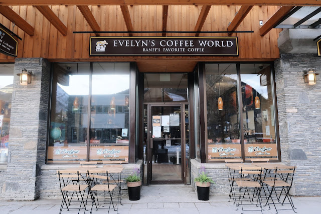 Evelyn's Coffee Bar, Banff
