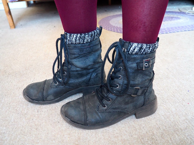 Door to Door - Outfit shoe details of black lace up biker boots, with pink tights