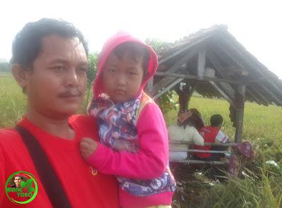 Sawah Pun Jadi Obyek Orang Selfie
