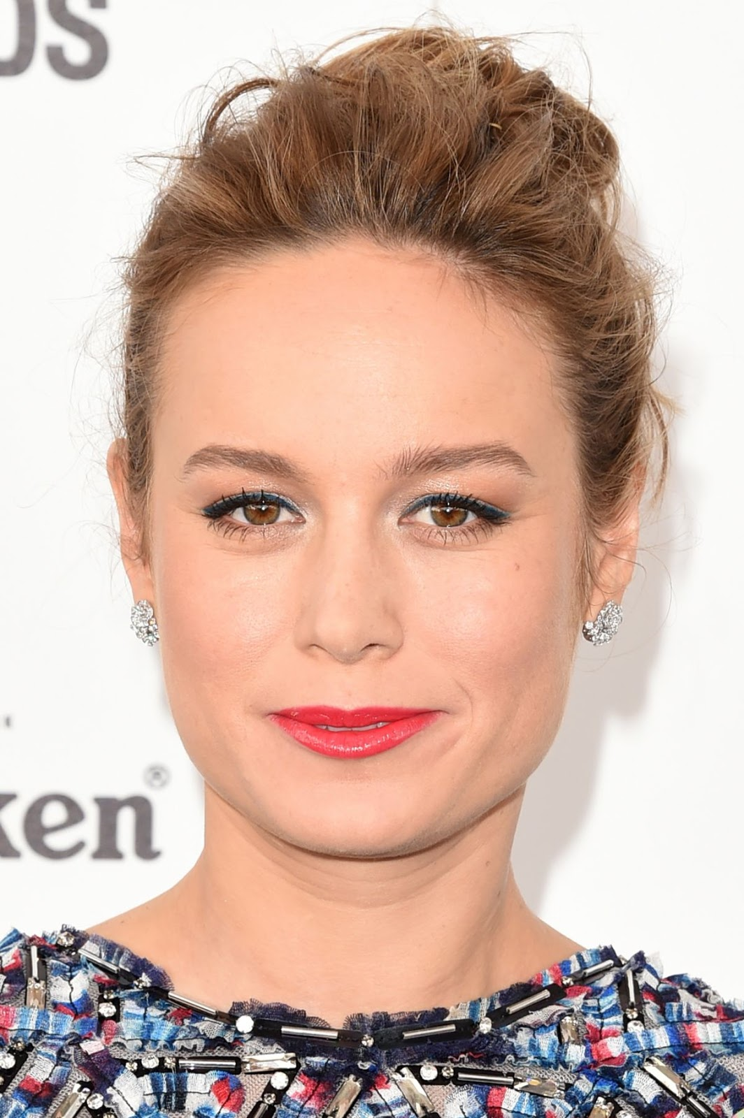 HQ Hot & Sexy Wallpapers of Marvel Comics Actress Brie Larson at Film Independent Spirit Awards Santa Monica