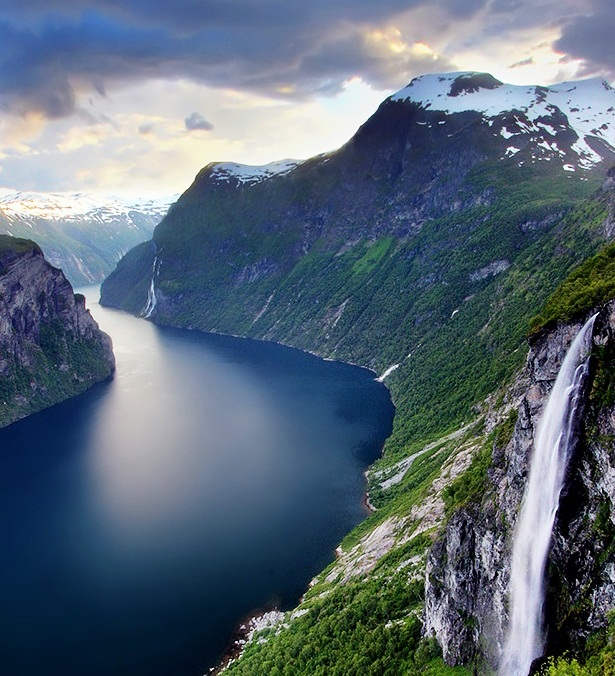 This Area Of Great Natural Beauty Found Its Place On The Unesco List 14th July 2005 And Encompes Some Longest Deepest Narrowest Most