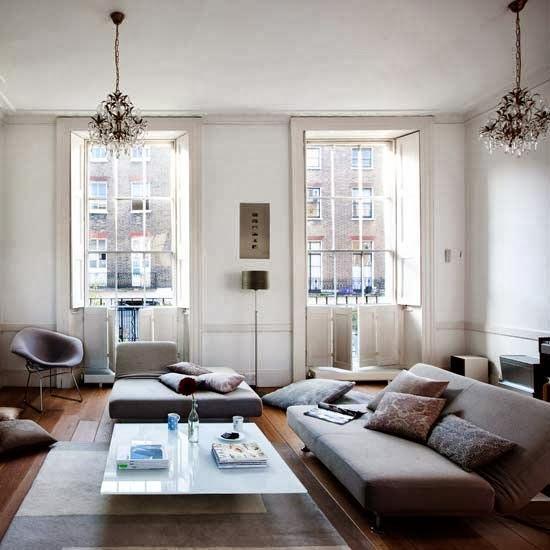 15 Peaceful Asian Living Room Interiors Designed For Comfort: 10 Fantastic Low-level Livng Rooms