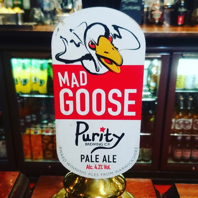 Warwickshire Craft Beer Review: Mad Goose from Purity real ale pump clip