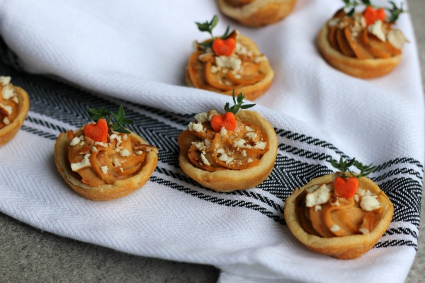 Mini Sabra Hummus Tarts with Pretzel Sprinkles