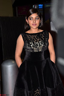 Niveda Thomas Black Sleeveless Cute Dress at 64th Jio Filmfare Awards South 2017 ~ Exclusive 002