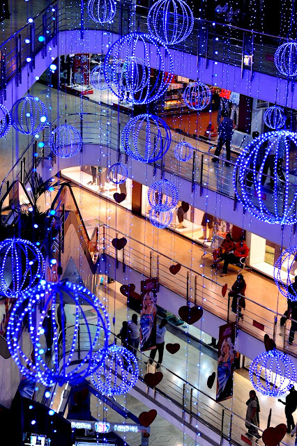 best cities for shopping in the world
