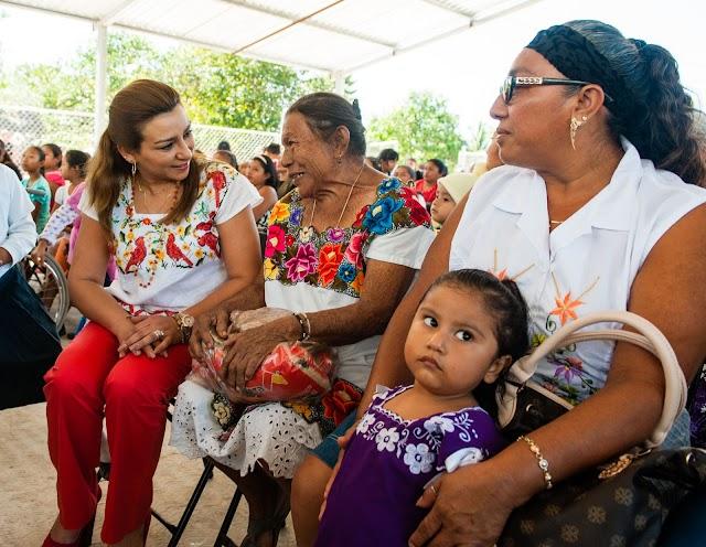 Entrega DIF Yucatán una tonelada de despensa