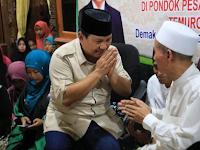 Ma'ruf Amin Tiba Ke Ponpes Yang Pernah Didatangi Prabowo! Para Santri Menyambutnya Gini
