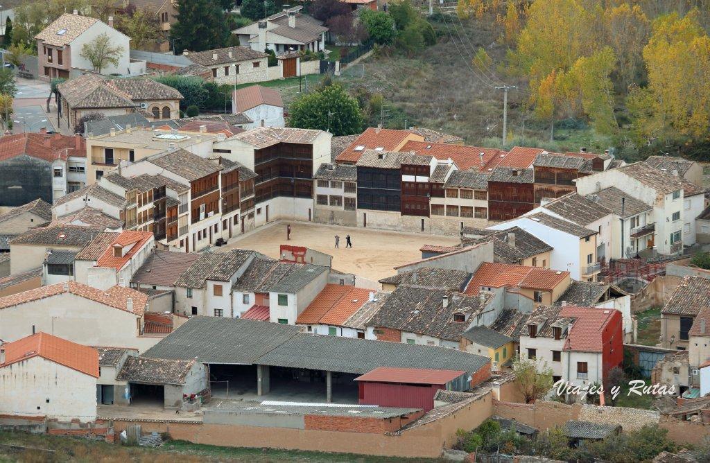 Plaza del Coso de Peñafiel vista desde el castillo