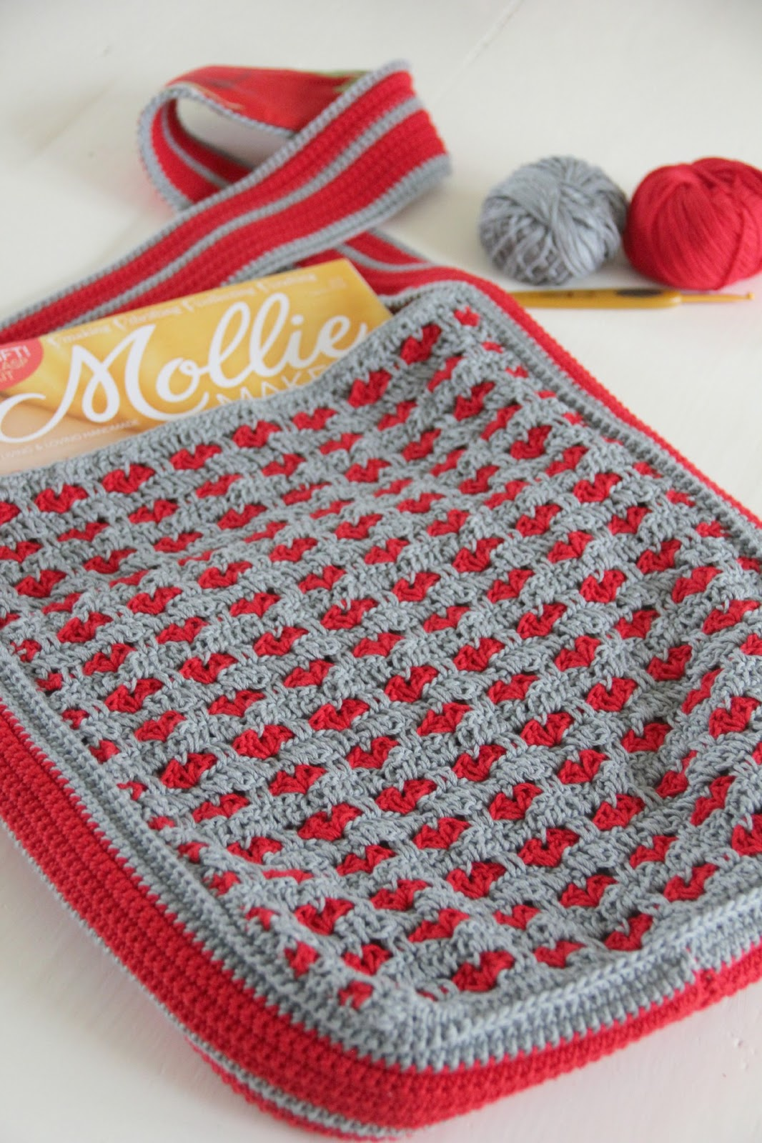 The Heartfelt Company Crochet Bag With Hearts Tutorial