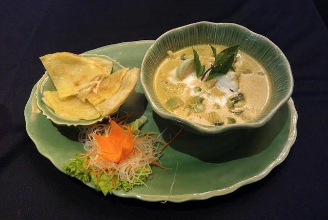 Celadon, Kuala Lumpur - green chicken curry