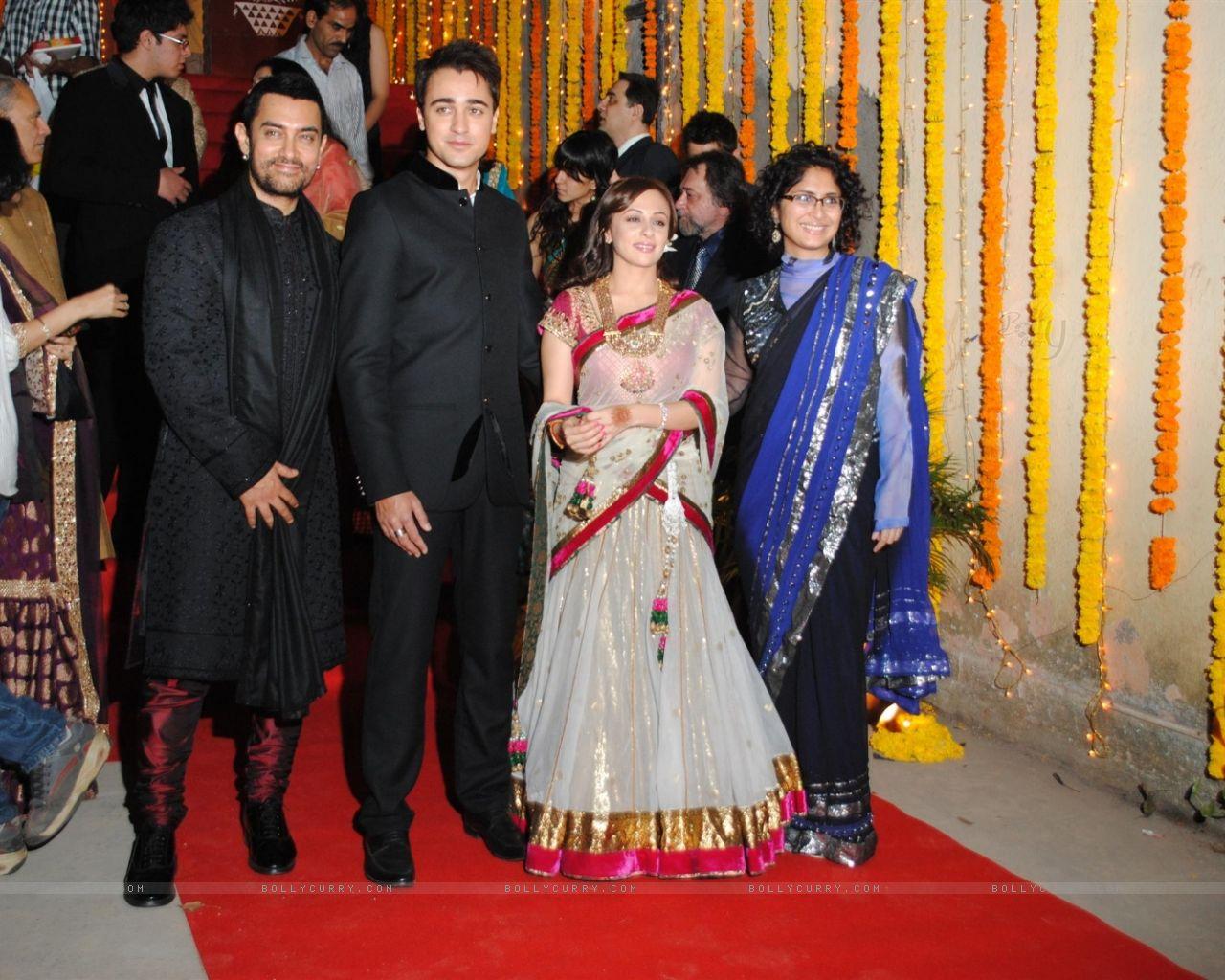 Aamir Khan Body Daughter | Hollywood & Bollywood Celebrity