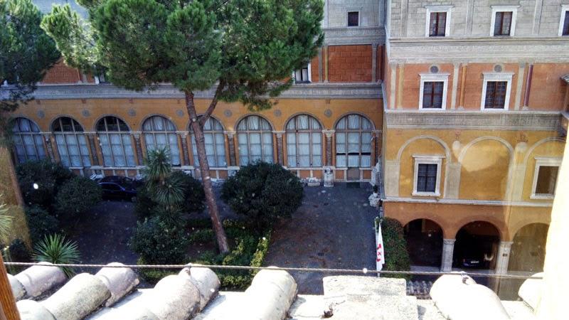 hotel Columbus vista quarto - Hotel Columbus - onde ser recebido como um papa