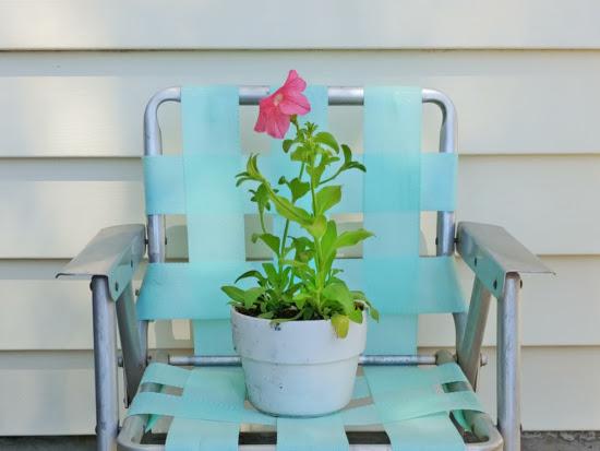 Vintage Children's Lawn Chair Makeover