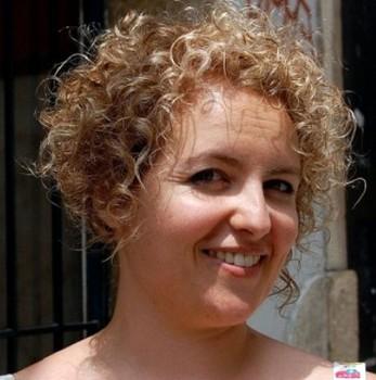 model rambut wanita gemuk keriting