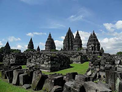 Candi Prambanan - Tempat Wisata di Jogja