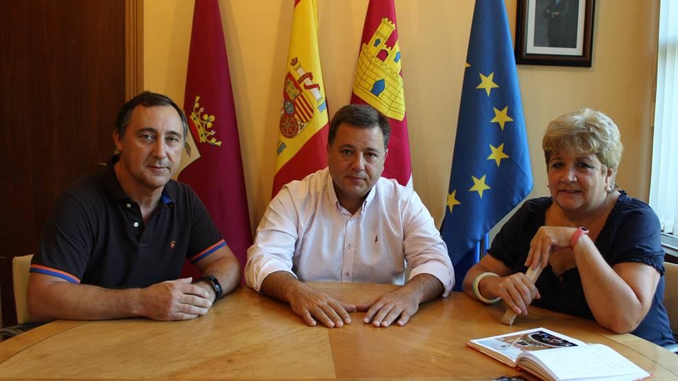 Con Sabor a Albacete  POR EL XXX ANIVERSARIO DE LA OFRENDA DE FLORES ... 708e0090dca23