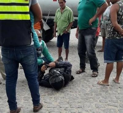 Morador de Delmiro Gouveia fica ferido, após sofrer acidente com moto em Olho D'Água do Casado