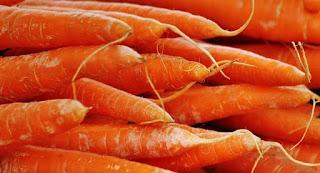 manfaat-jus-tomat-dan-wortel-untuk-ibu-hamil