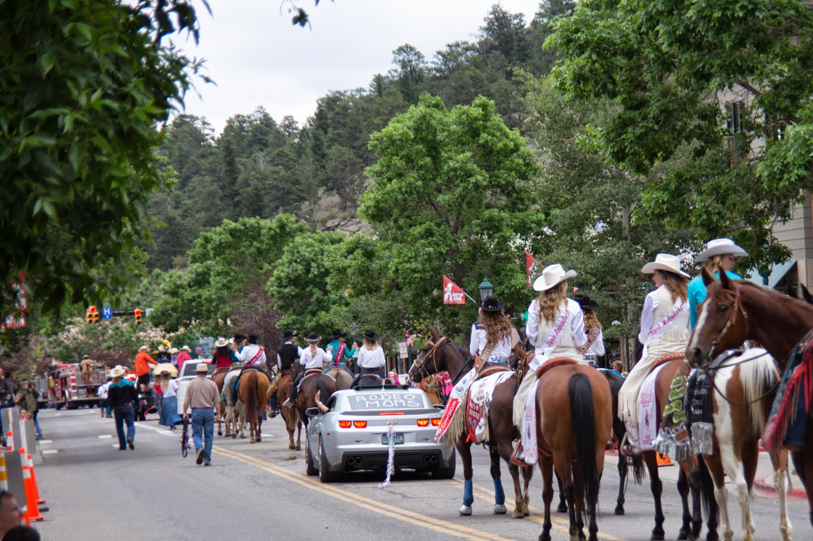 Rooftop Rodeo Parade In Estes Park