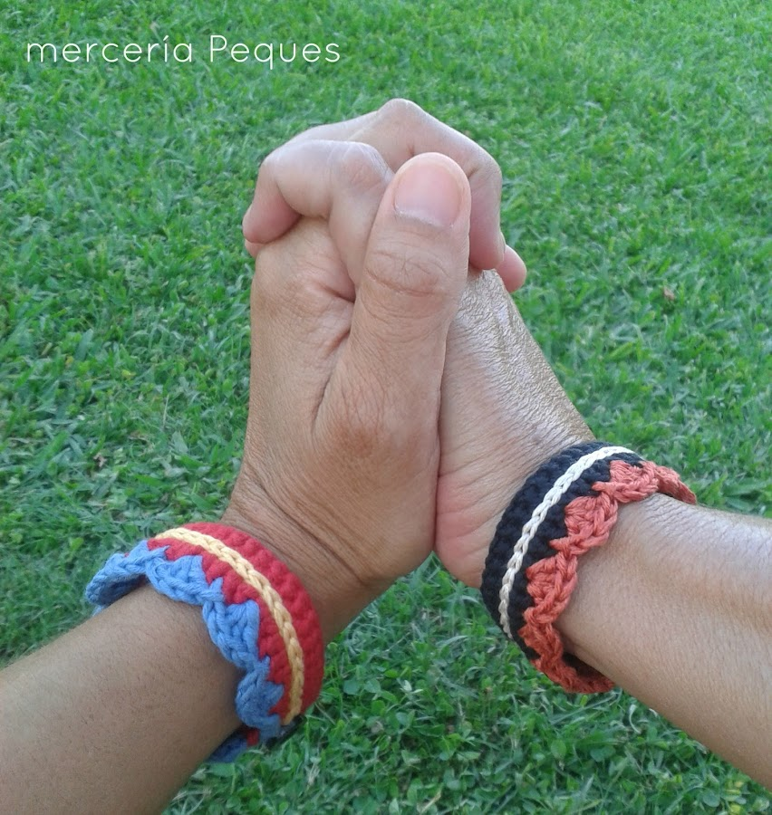 pulsera ganchillo hecha a mano