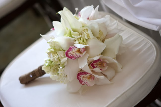Dazzling Elegance Stapleton Floral Featured Wedding