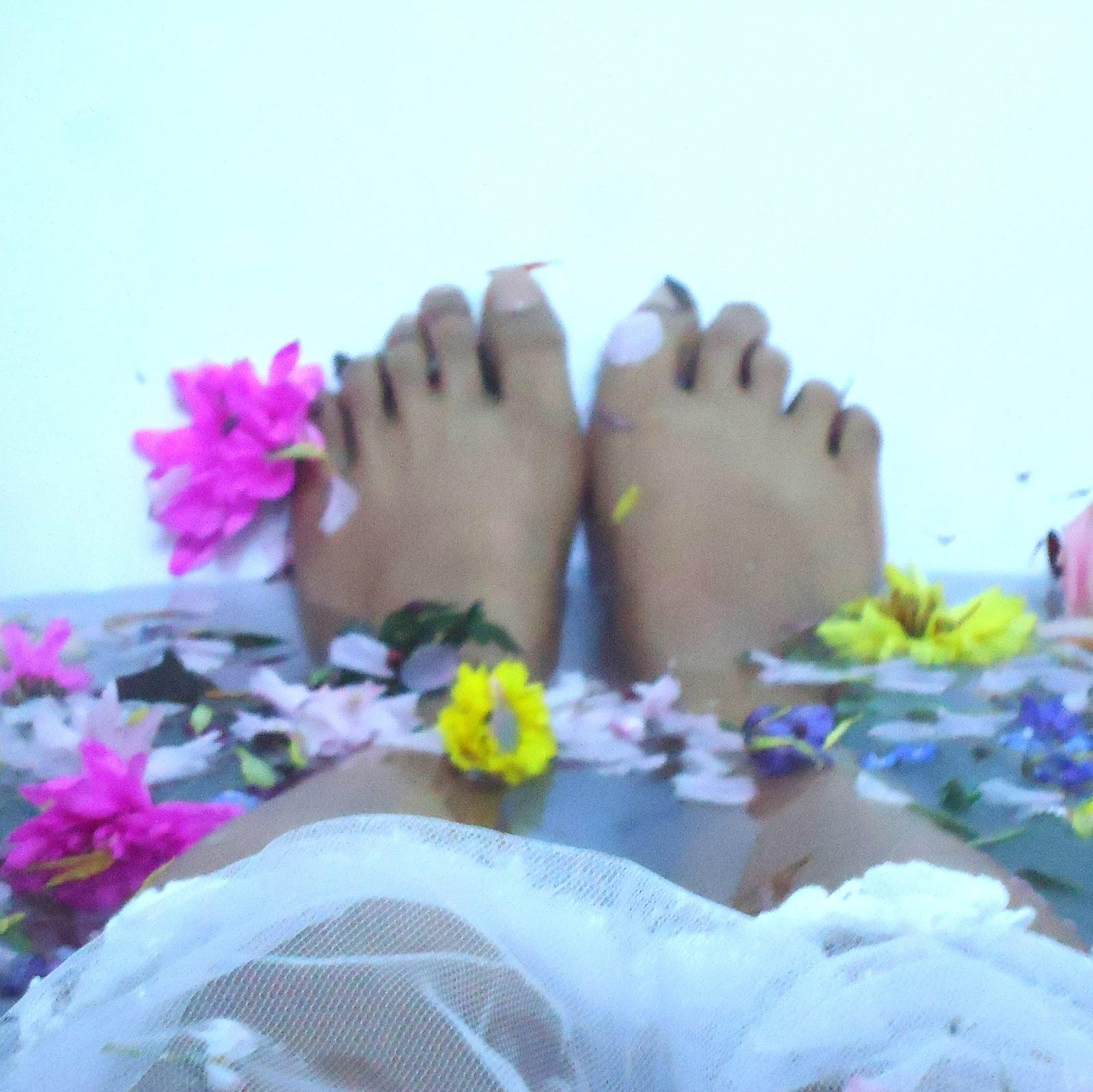 http://pridenstyle.blogspot.co.uk/2014/04/oriental-floral-fantasy.html