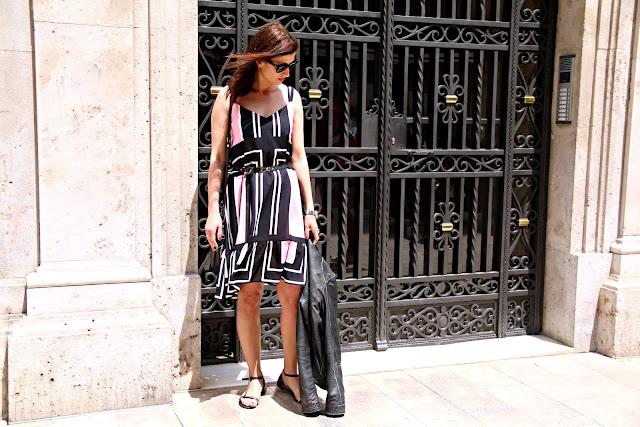 Valencia, streetstyle, tressore, wiosenna sukienka, letnia sukienka, novamoda style, novamoda stylizacje, Novamoda streetstyle,