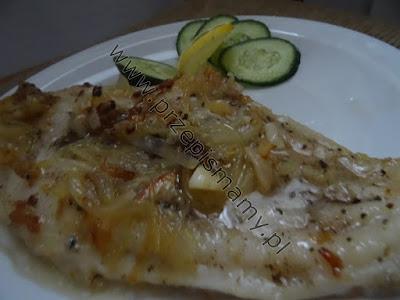 Ryba z piekarnika z cebulą