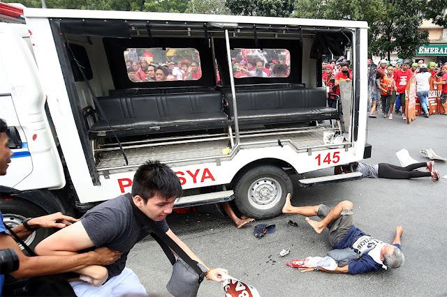 WATCH: 9 Na Pulis-Maynila, Sibak Sa Pwesto Dahil Sa Marahas Na Dispersal