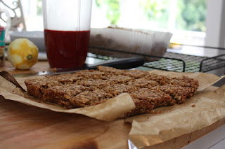 Sugar-free flapjacks (recipe by Eat Real Food)