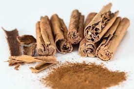 Cinnamon / cinnamon powder