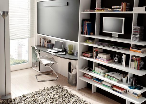 Habitaciones con la cama arriba del escritorio for Dormitorios juveniles camas abatibles con escritorio