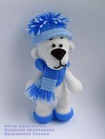 Мишка Снежок, игрушка амигуруми из бисера