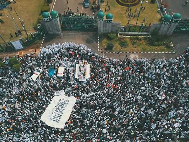 Ratusan Ribu Massa Aksi 299 Tolak Perppu Ormas dan Kebangkitan Neo-PKI