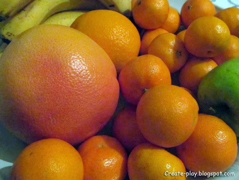 цитрусовые на тарелке