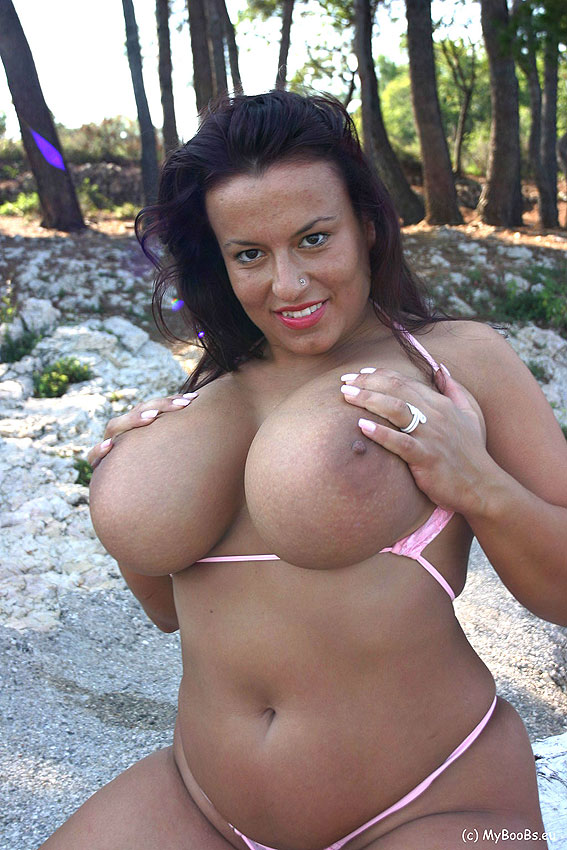 Aneta Buena  Big Natural Tits A-Z-1196