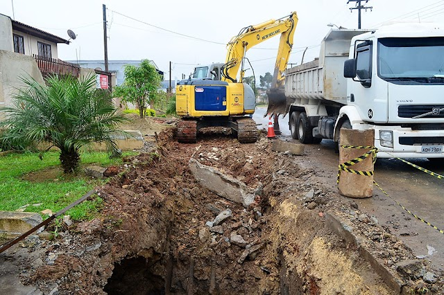 Prefeitura de Colombo  faz a maior obra de contenção de enchente do municipio
