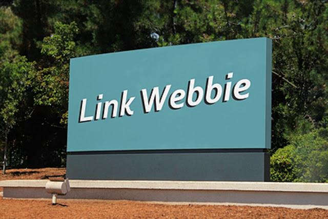 Link Webbie Campus Giant Logo Sign