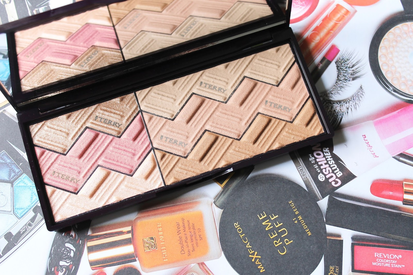 THE PERFECT PALETTE FOR A SUMMER GLOW