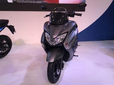New 2018 Suzuki Burgman Street 125cc Premium Scooter front look