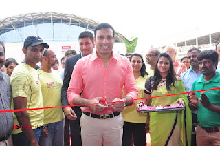 VVS Laxman Inaugurates Airtel Hyderabad Marathon Expo & SportEX India Event  0073.JPG