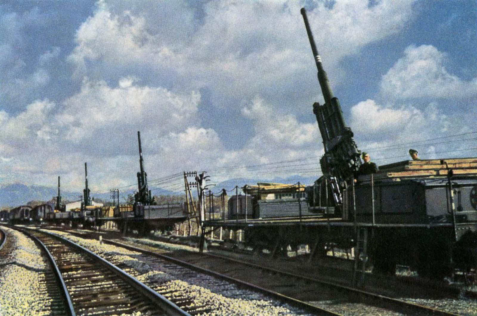 German railway guns used in World War II. 1940.