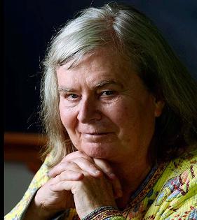 एबेल पुरस्कार जीतने वाली पहली महिला गणितज्ञ केरन उहलेनबेक बनीं।