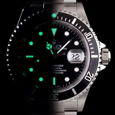 Luminasi - pencahayaan jam tangan pada malam hari