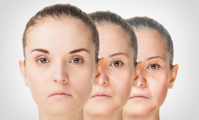 """4 habitudes qui """"vieillissent"""" votre peau"""