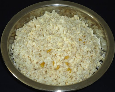 soaked and drained rice, urad dal and  methi