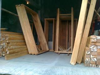 harga kusen kayu